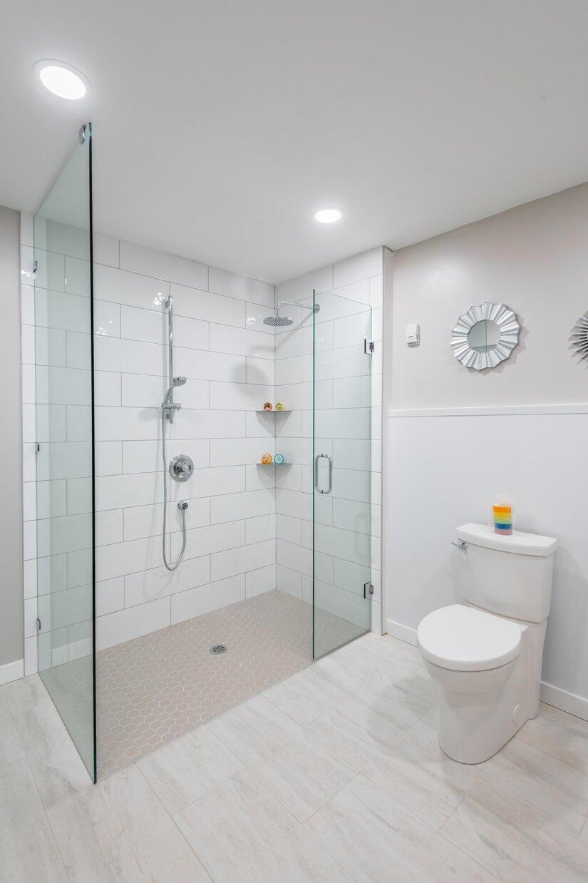 bathroom adapatation shower